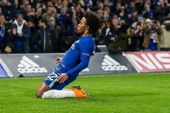 Willian fagnar marki.